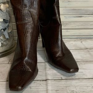 Maro Fisher Over The Ankle Bootie Snakeskin Look
